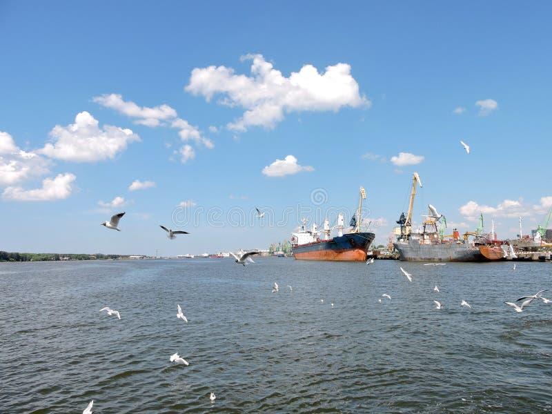 Σκάφος στο λιμάνι Klaipeda, Λιθουανία στοκ φωτογραφία με δικαίωμα ελεύθερης χρήσης