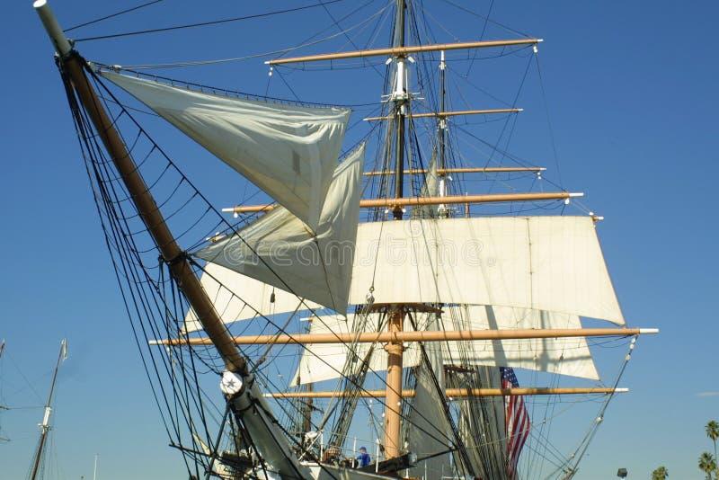 Download σκάφος ψηλό στοκ εικόνα. εικόνα από σκάφος, νύχτα, πανιά - 120553
