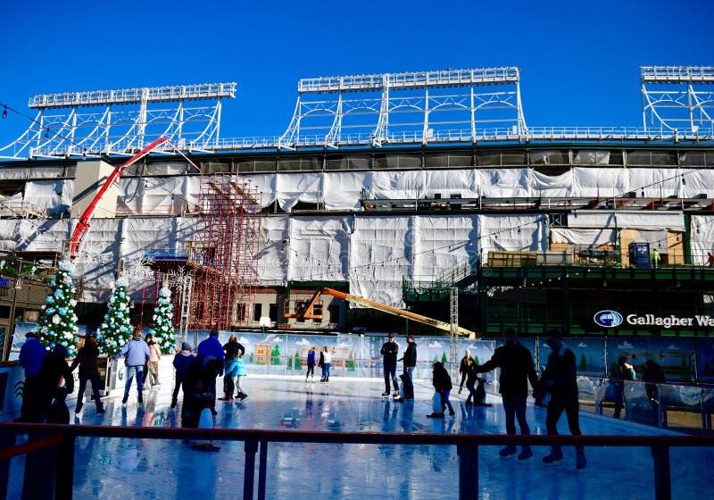 Σκέιτερ πάγου στον τομέα Wrigley στοκ φωτογραφία με δικαίωμα ελεύθερης χρήσης