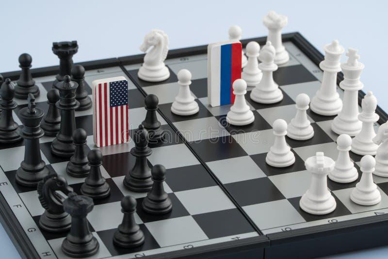 Σκακιέρα με τις σημαίες των χωρών στοκ φωτογραφία με δικαίωμα ελεύθερης χρήσης