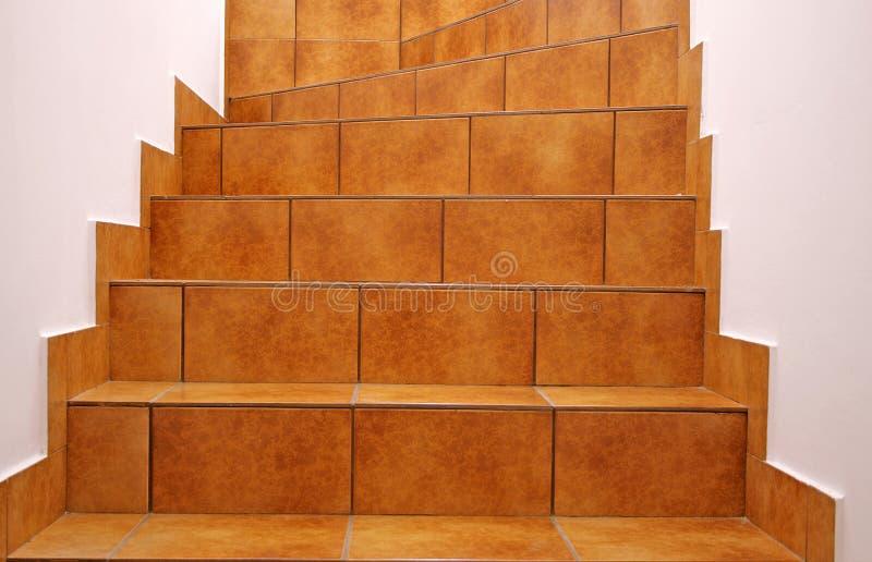 Σκαλοπάτια κεραμιδιών πατωμάτων στοκ φωτογραφίες με δικαίωμα ελεύθερης χρήσης