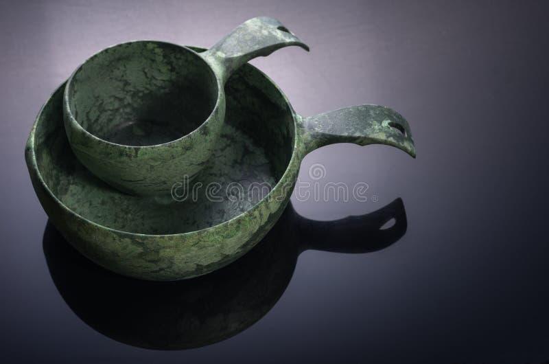 Σκανδιναβικό σύνολο επιτραπέζιου σκεύους Πιάτα για υπαίθριο Πιάτα Eco στοκ εικόνες