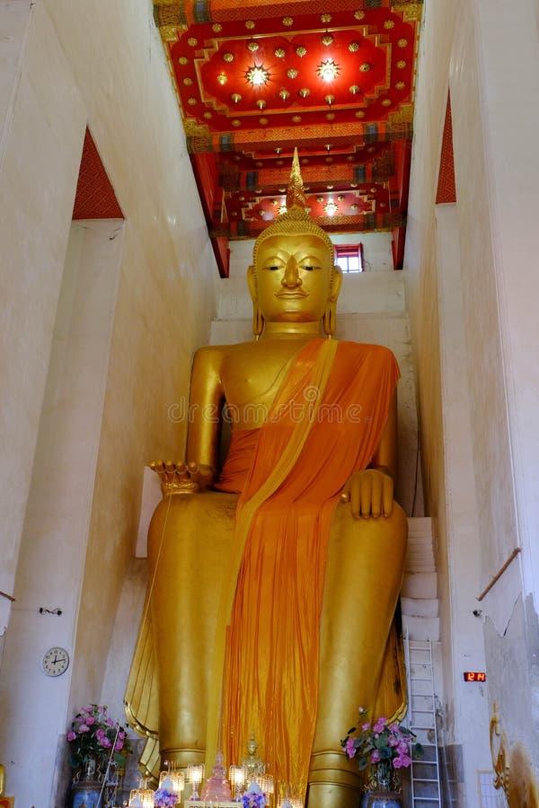 Σκαπάνη Por Luang σε Wat PA Lelai Worawihan (ναός PA Lelai Worawihan) - Suphanburi στοκ φωτογραφίες με δικαίωμα ελεύθερης χρήσης