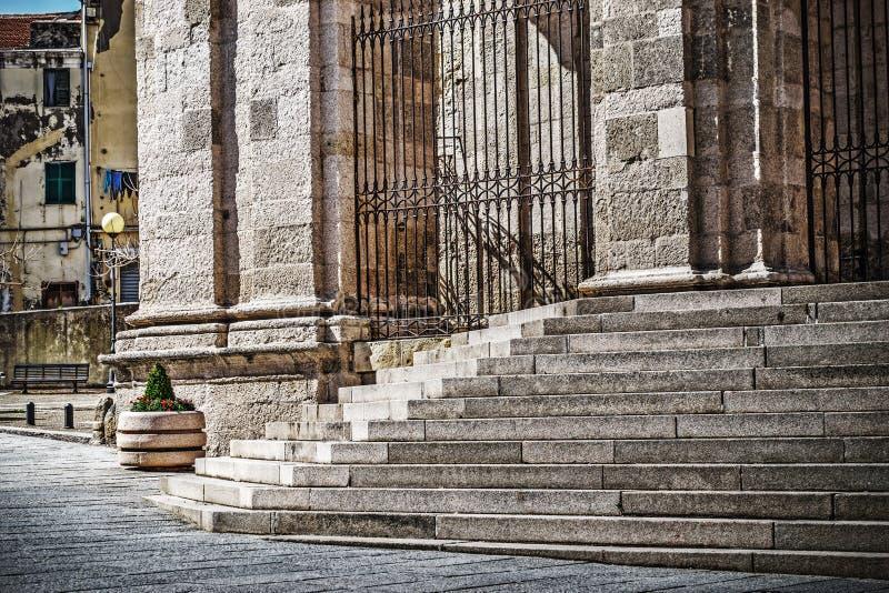 Σκαλοπάτια καθεδρικών ναών SAN Nicola σε Sassari στοκ φωτογραφίες