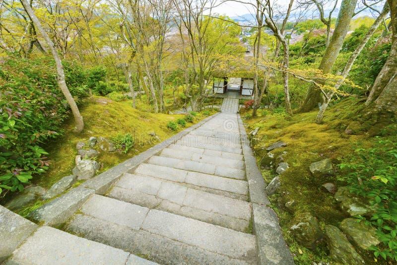 σκαλοπάτι κήπων στοκ εικόνες