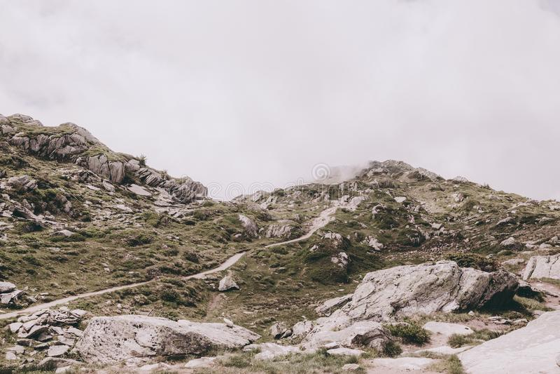 Σκηνές βουνών, περίπατος μέσω του μεγάλου παγετώνα Aletsch στοκ εικόνες με δικαίωμα ελεύθερης χρήσης