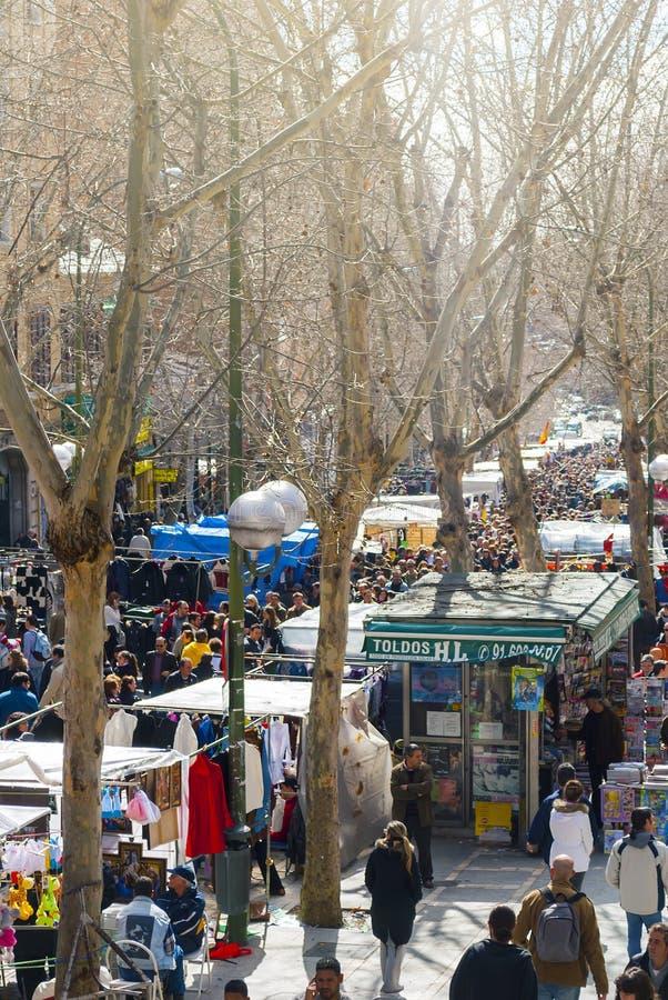 Σκηνή από παζαριών EL Rastro στη Μαδρίτη στοκ εικόνα με δικαίωμα ελεύθερης χρήσης