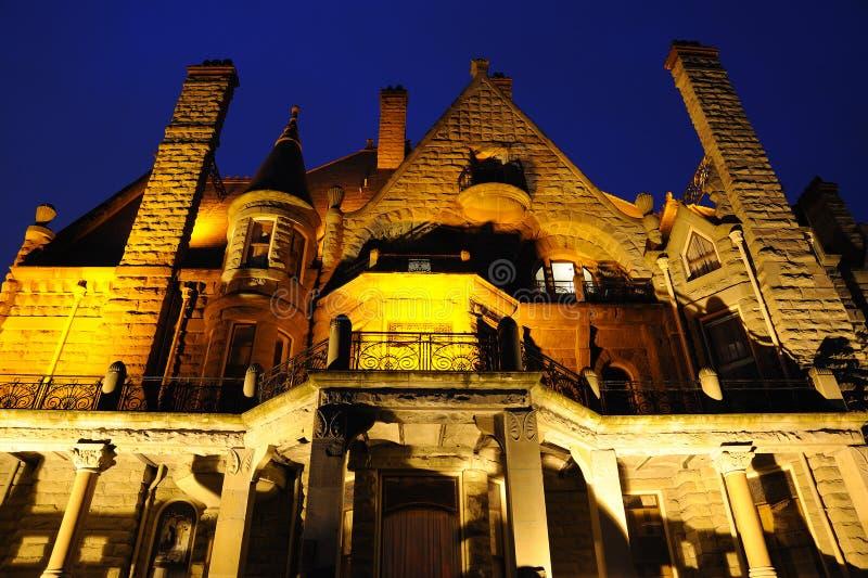 Download Σκηνή νύχτας του Castle σε Βικτώρια Στοκ Εικόνες - εικόνα από τα, cityscape: 13180052
