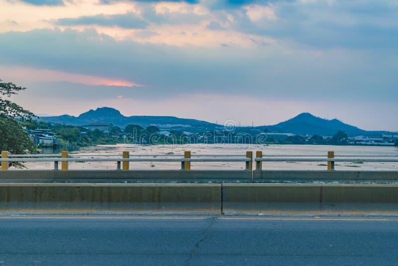 Σκηνή ποταμών και τοπίων λόφων, Guayaquil, Ισημερινός στοκ φωτογραφίες με δικαίωμα ελεύθερης χρήσης