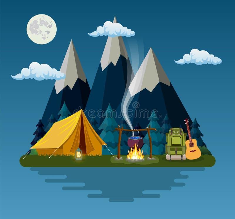 Σκηνή, πυρά προσκόπων, βουνά, δάσος και νερό ελεύθερη απεικόνιση δικαιώματος