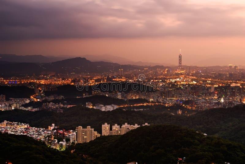 σκηνή Ταιπέι νύχτας πόλεων στοκ φωτογραφία με δικαίωμα ελεύθερης χρήσης