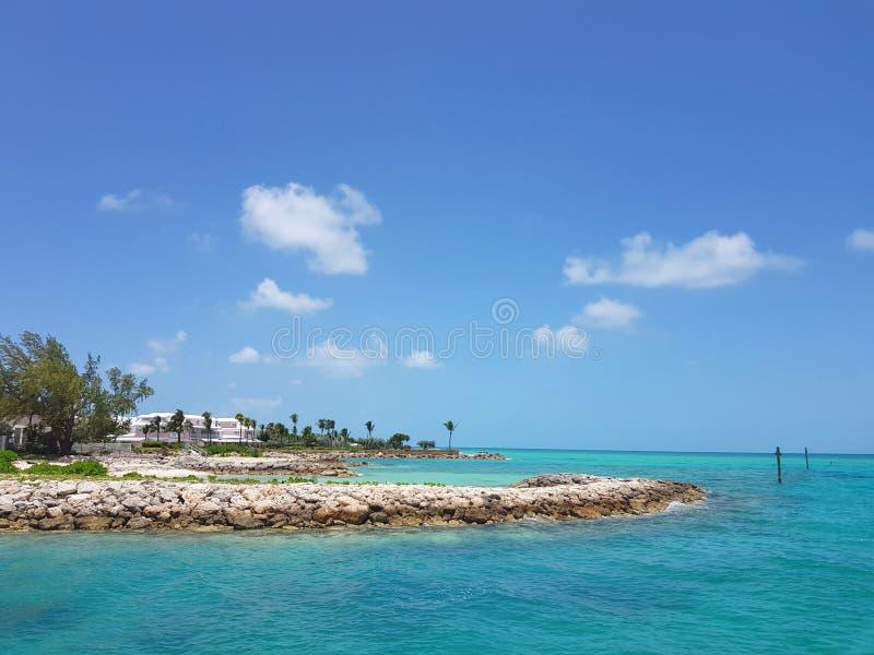 Σκηνή της καραϊβικής ακτής του νησιού OS Nassau, Μπαχάμες στοκ φωτογραφίες με δικαίωμα ελεύθερης χρήσης