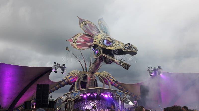 Σκηνή φεστιβάλ μουσικής στοκ εικόνα με δικαίωμα ελεύθερης χρήσης