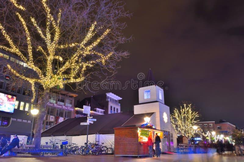 Σκηνή φεστιβάλ σε μια ολλανδική οδό στοκ φωτογραφίες
