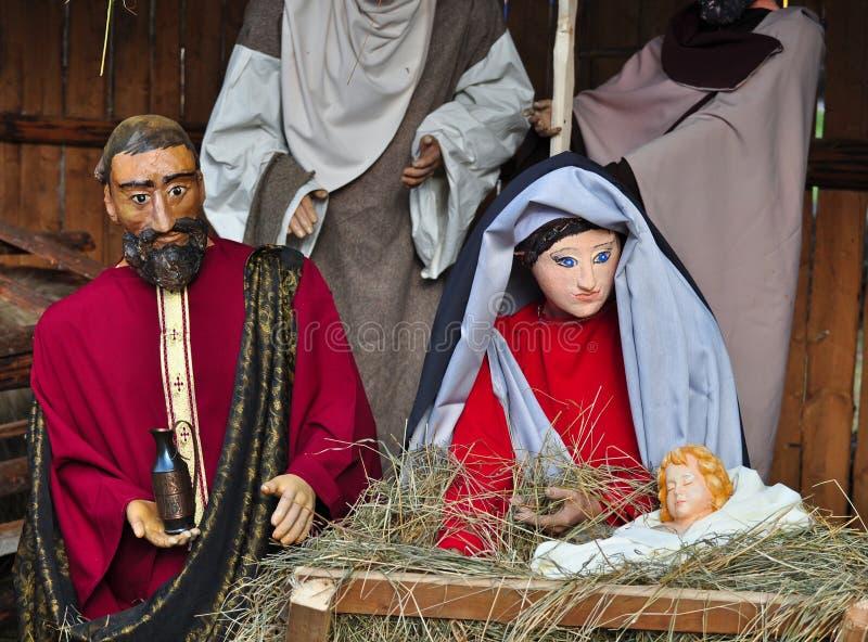 Σκηνή nativity Χριστουγέννων με τη Mary Joseph και μωρό Ιησούς στοκ φωτογραφία