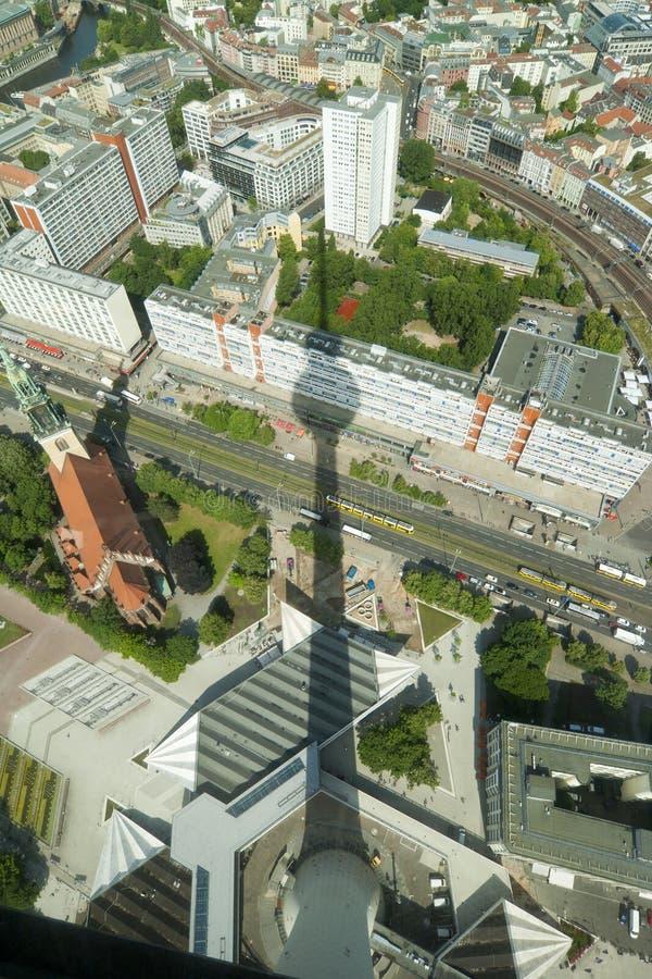 Σκιά του πύργου TV στοκ εικόνες