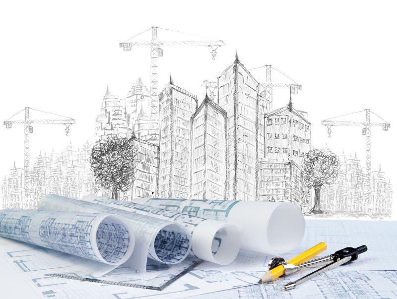 Σκιαγράφηση της σύγχρονων οικοδόμησης κτηρίου και του εγγράφου σχεδίων στοκ φωτογραφίες με δικαίωμα ελεύθερης χρήσης