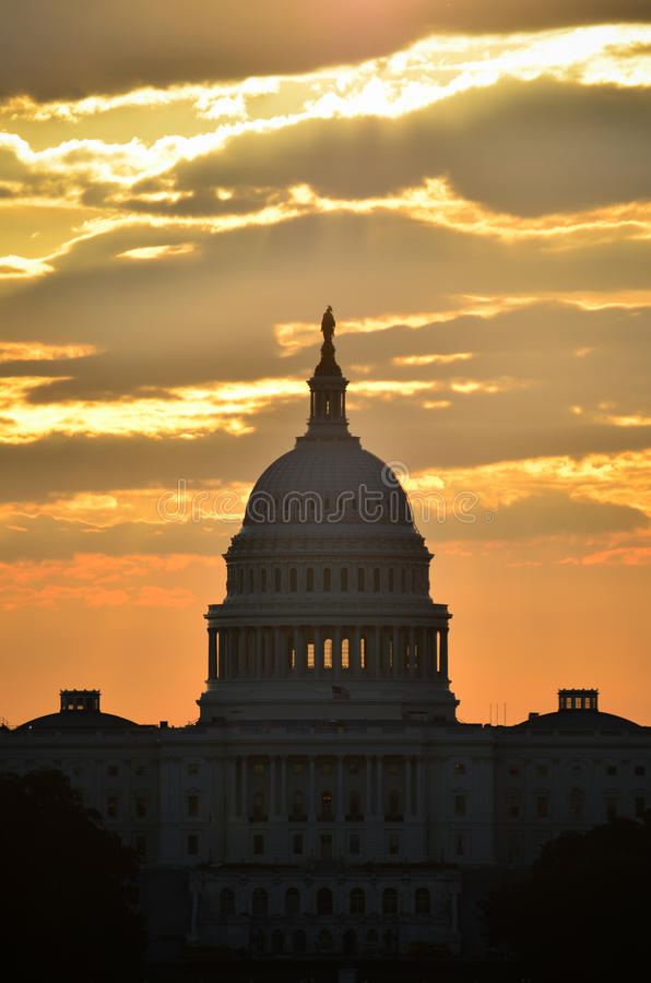 Σκιαγραφία αμερικανικών Capitol θόλων, Washington DC στοκ φωτογραφίες