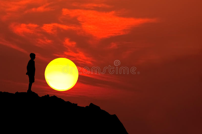 σκιαγραφία βουνών αγοριώ& στοκ εικόνες