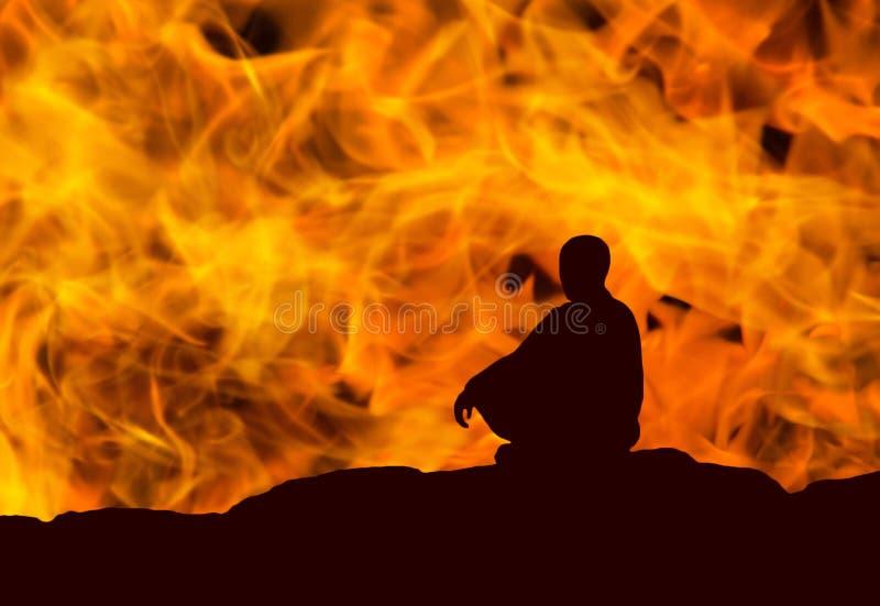 Σκιαγραφία ενός μοναχού στοκ φωτογραφία με δικαίωμα ελεύθερης χρήσης