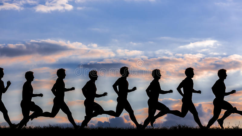 Σκιαγραφία ενός jogger στην ανατολή στοκ εικόνες με δικαίωμα ελεύθερης χρήσης