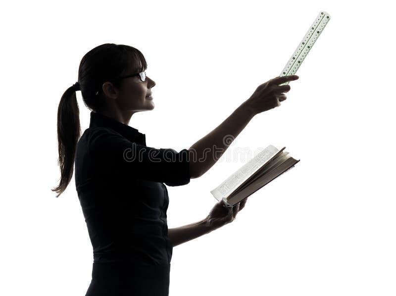 Σκιαγραφία παρουσίασης δασκάλων επιχειρησιακών γυναικών στοκ φωτογραφίες με δικαίωμα ελεύθερης χρήσης