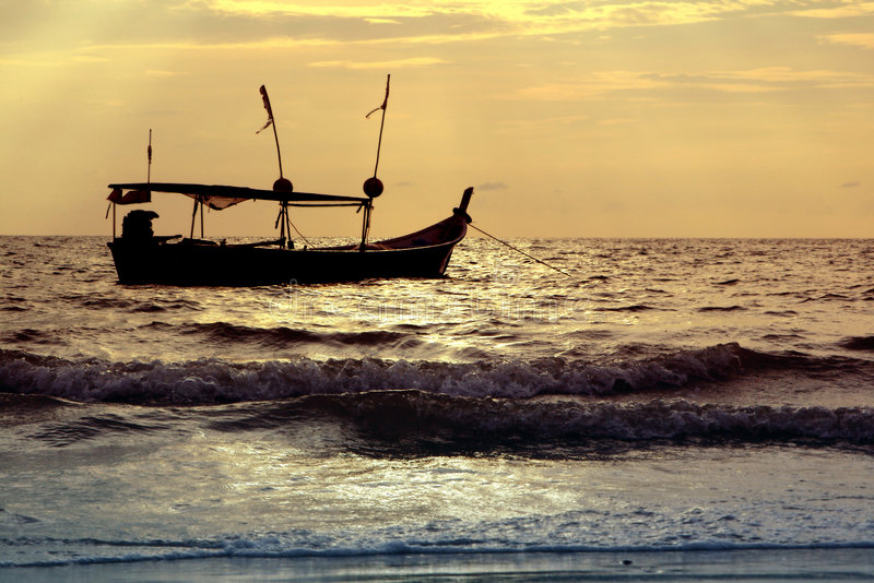 σκιαγραφία σκαφών στοκ εικόνα με δικαίωμα ελεύθερης χρήσης