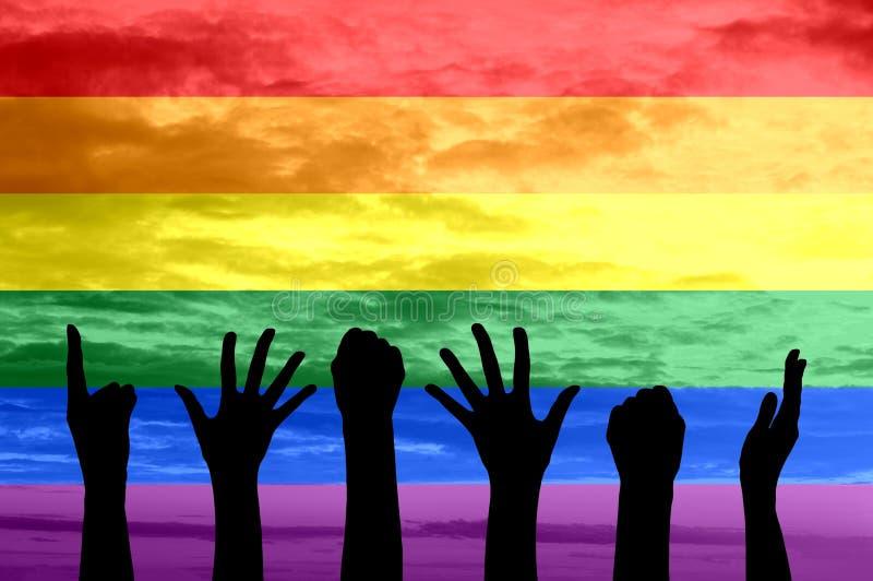 Σκιαγραφία των χεριών των ανθρώπων η ομοφυλοφιλική παρέλαση και η μετακίνηση LGBT στοκ εικόνες με δικαίωμα ελεύθερης χρήσης