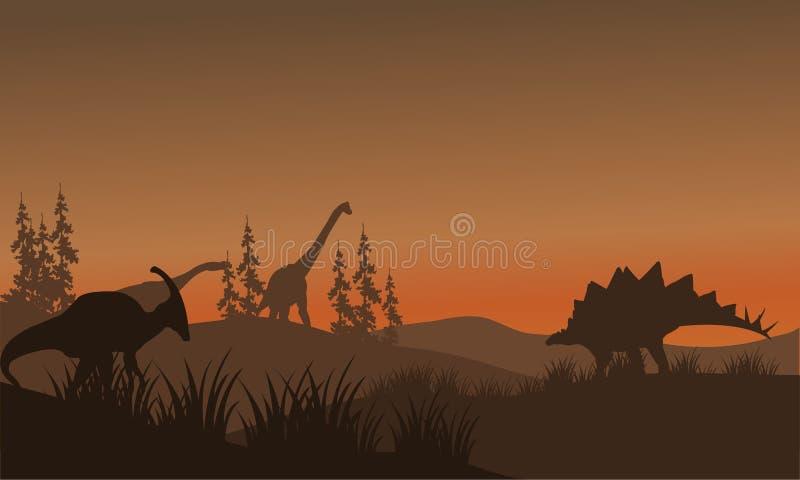Σκιαγραφία oof πολύς δεινόσαυρος στους λόφους ελεύθερη απεικόνιση δικαιώματος