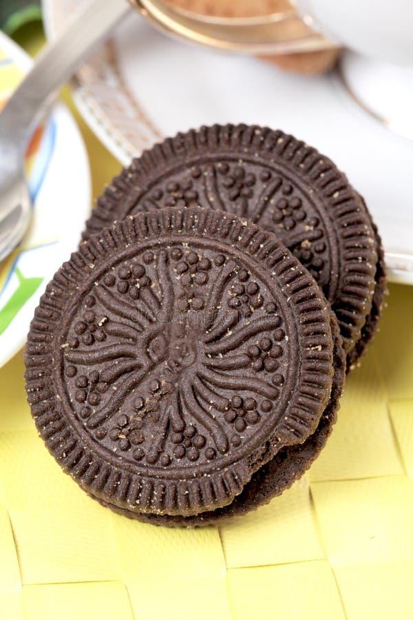 σκοτάδι σοκολάτας μπισκότων στοκ φωτογραφίες