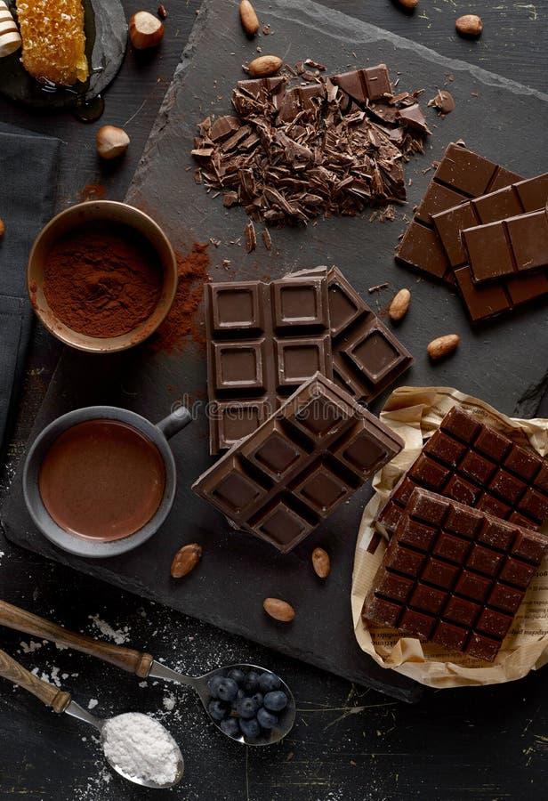 σκοτάδι σοκολάτας ράβδ&omega στοκ φωτογραφία με δικαίωμα ελεύθερης χρήσης