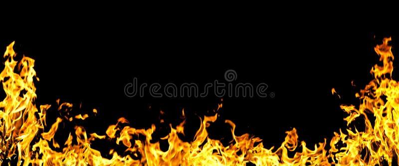 σκοτεινές φλόγες πυρκα&g στοκ φωτογραφία με δικαίωμα ελεύθερης χρήσης