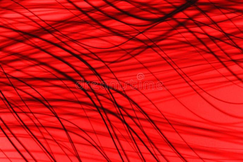 Σκοτεινές curvy γραμμές στο κόκκινο υπόβαθρο, σύγχρονη φωτογραφία απεικόνισης σκηνικού τεχνολογίας στοκ εικόνες