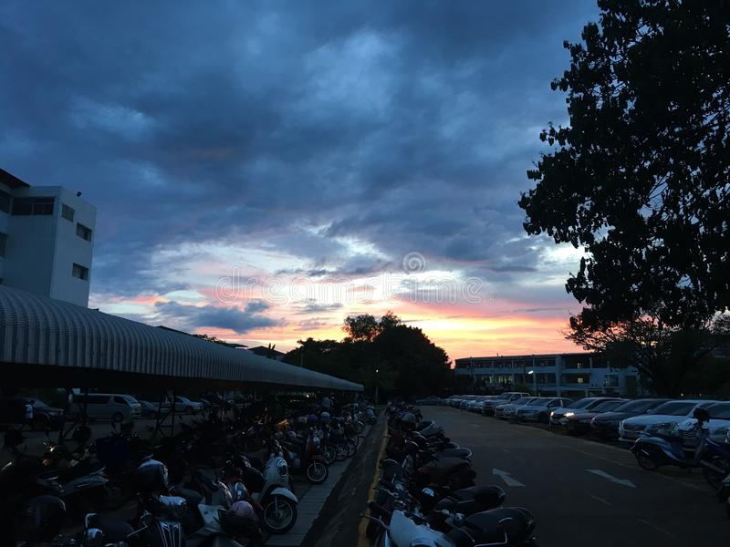 σκοτεινός ουρανός στοκ φωτογραφία