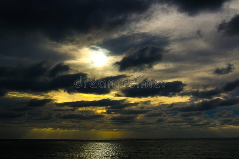 Σκοτεινότερο φως στοκ φωτογραφίες με δικαίωμα ελεύθερης χρήσης