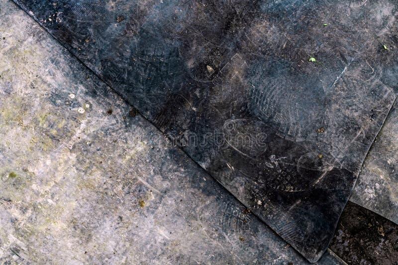Σκοτεινό υπόβαθρο grunge με τα ίχνη και τα μόρια ρύπου στοκ φωτογραφίες με δικαίωμα ελεύθερης χρήσης
