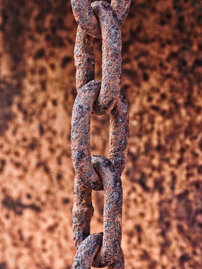 Σκουριασμένη αλυσίδα μετάλλων στοκ εικόνα με δικαίωμα ελεύθερης χρήσης