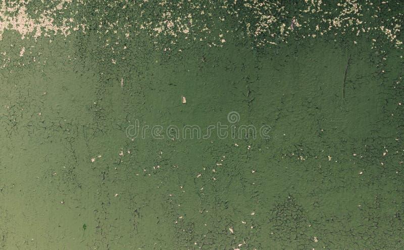 Σκουριασμένη σύσταση σιδήρου, πράσινος παλαιός φράκτης με το χρώμα αποφλοίωσης Κατασκευασμένη ταπετσαρία για το σχέδιο στοκ εικόνες