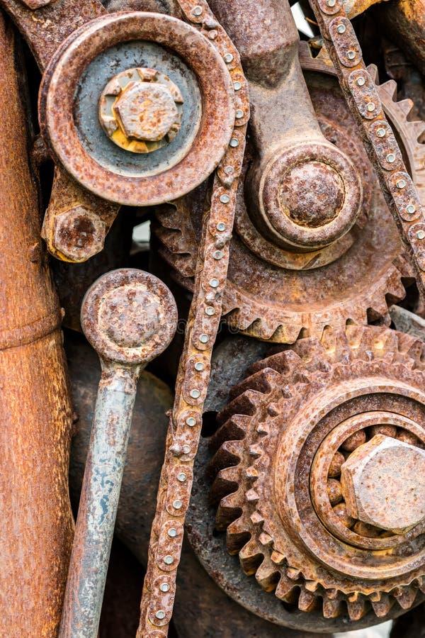 Σκουριασμένοι αλυσσοτροχοί και gearwheels της παλαιάς βιομηχανικής μηχανής στοκ φωτογραφίες με δικαίωμα ελεύθερης χρήσης