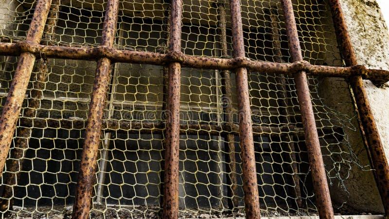 Σκουριασμένοι φραγμοί μιας φυλακής στοκ φωτογραφίες με δικαίωμα ελεύθερης χρήσης