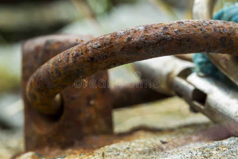Σκουριασμένο δαχτυλίδι πρόσδεσης στοκ εικόνες με δικαίωμα ελεύθερης χρήσης