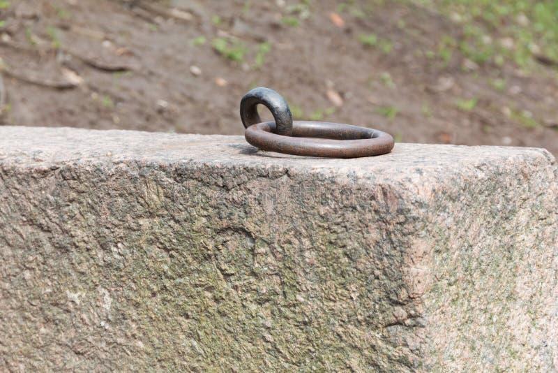 Σκουριασμένο δαχτυλίδι πρόσδεσης στοκ φωτογραφία με δικαίωμα ελεύθερης χρήσης