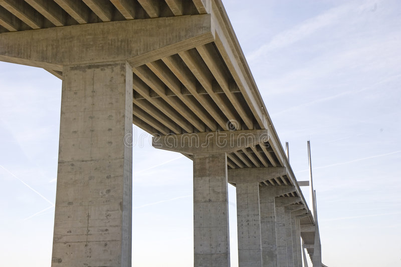 σκυρόδεμα γεφυρών υψηλό στοκ εικόνα