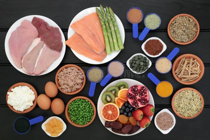 Σκόνες τροφίμων και συμπληρωμάτων οικοδόμησης σώματος στοκ φωτογραφίες με δικαίωμα ελεύθερης χρήσης