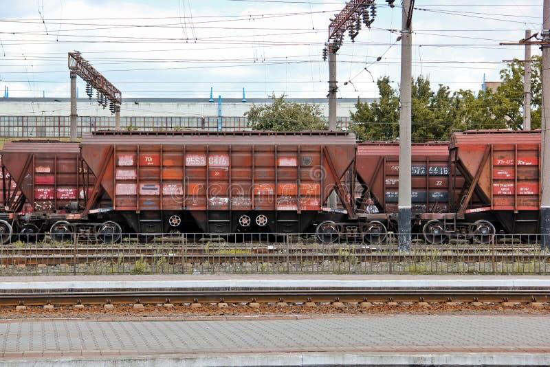 Σμέλα, Ουκρανία - 31 Ιουλίου 2019: Εμπορευματική αμαξοστοιχία Τρένο μεγάλης διάρκειας στο σταθμό στοκ φωτογραφία με δικαίωμα ελεύθερης χρήσης