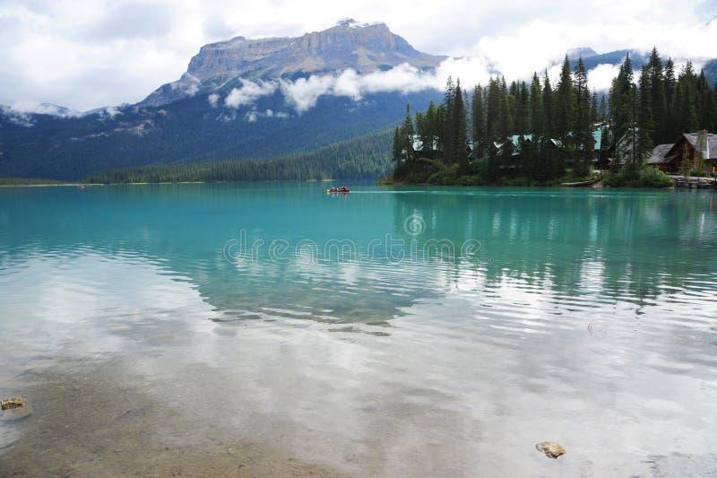 σμαραγδένια λίμνη στοκ φωτογραφία