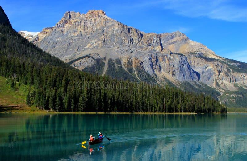 Σμαραγδένια λίμνη, εθνικό πάρκο Yoho, Βρετανική Κολομβία, Καναδάς στοκ εικόνες