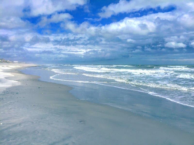 Σοβαρή παραλία στοκ φωτογραφίες με δικαίωμα ελεύθερης χρήσης