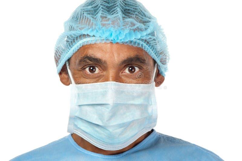 Σοβαρός χειρούργος στοκ εικόνα με δικαίωμα ελεύθερης χρήσης