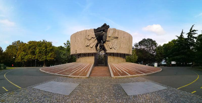 Σοβιετικό μνημείο εποχής στην αντίσταση, Burgas στοκ εικόνα με δικαίωμα ελεύθερης χρήσης